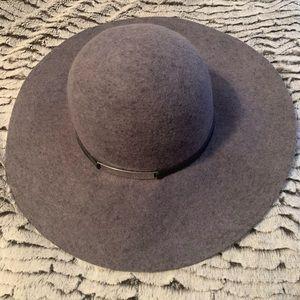 Calvin Klein wise brim hat